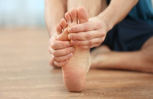 Foot Pain Problems Causes and Treatment (via Cosyfeet)