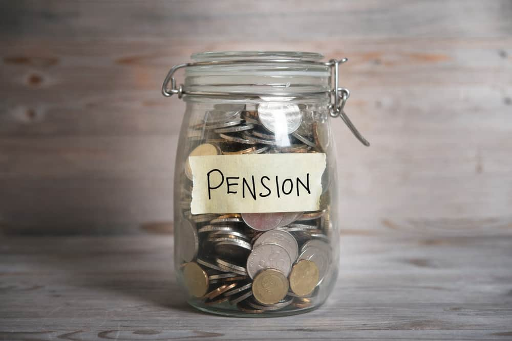 25% of lump sum pension withdrawals are to 'save elsewhere'